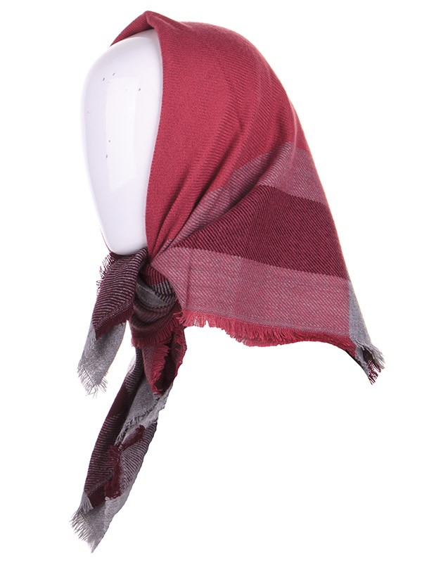 p294 red shawls