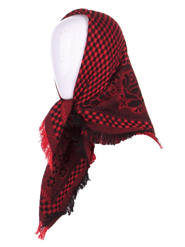 p303 red shawls